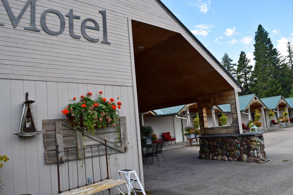 Glacier Inn Motel: 1401 2nd Ave E, Columbia Falls, MT