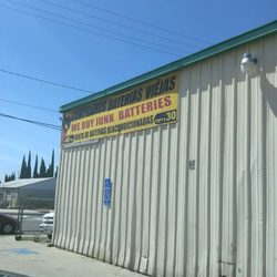 Roberto S Batteries Battery Stores 14540 Slover Ave Fontana Ca