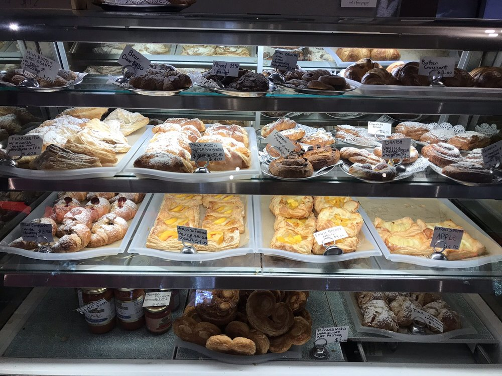 La Placa Family Bakery: 9280 Highway 9, Ben Lomond, CA