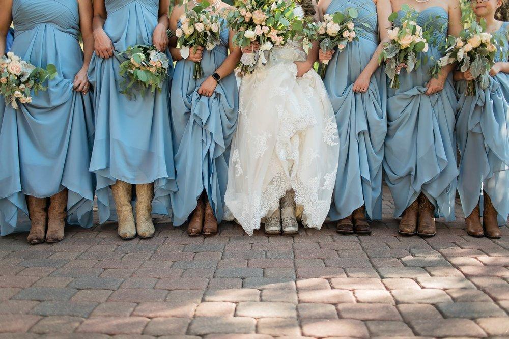 Amanda's Bridal & Tux