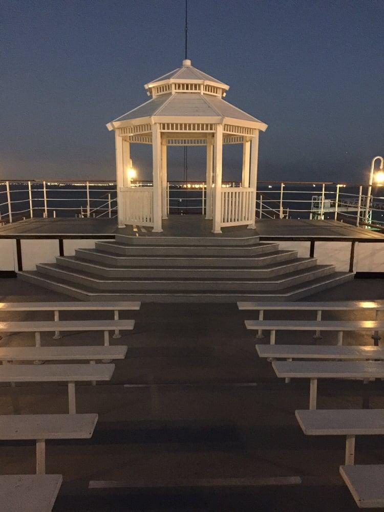 South Beach Queen Bedroom Set Modern: Photos For Queen Mary Weddings