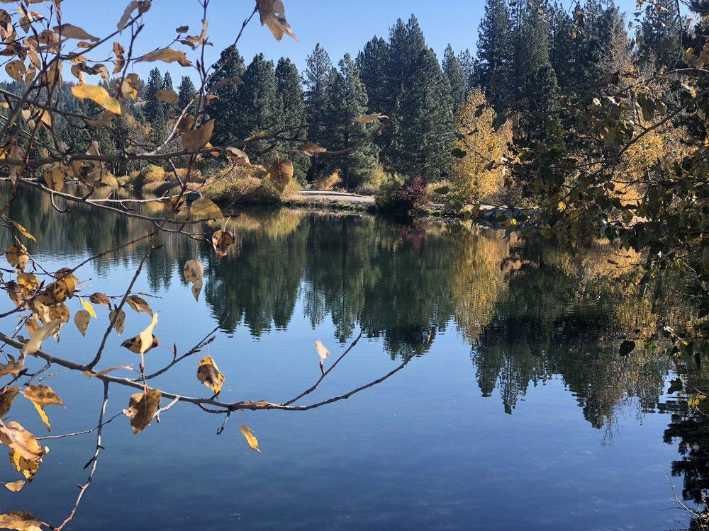 Gray Eagle Lodge: 5000 Gold Lake Rd, Graeagle, CA
