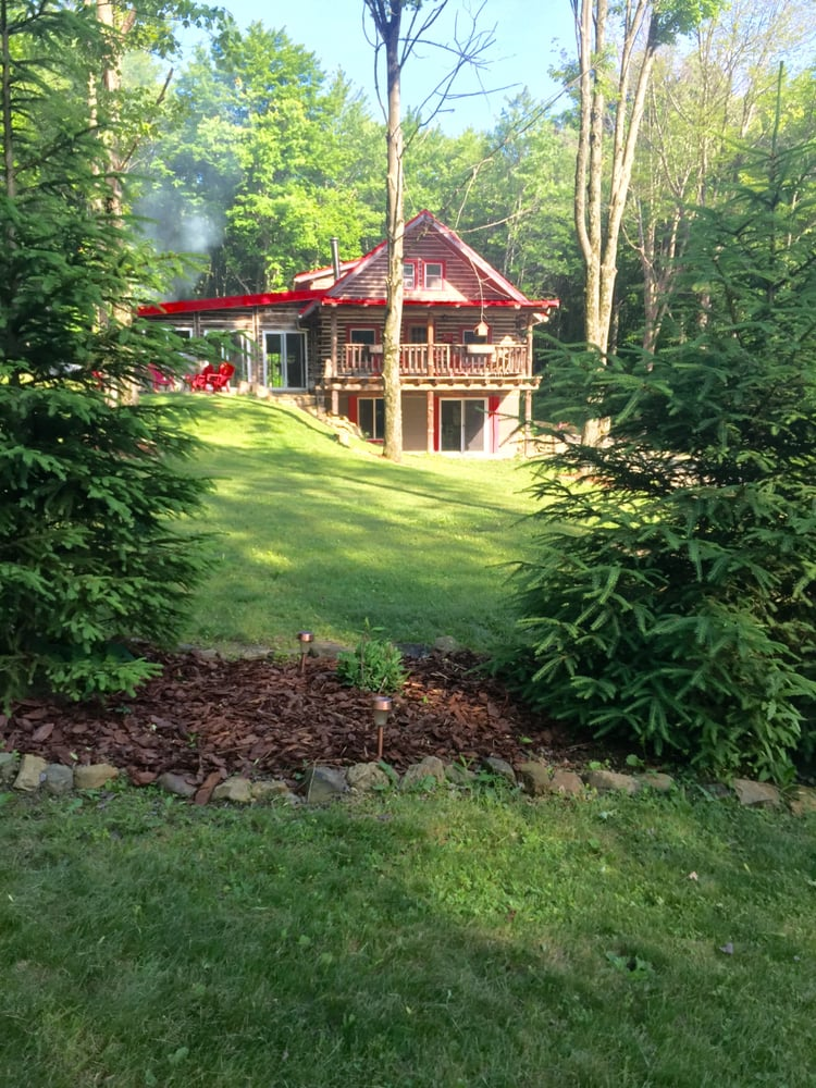 Weyrich Woods Lodge: 28081 Mckee Rd, Frazeysburg, OH