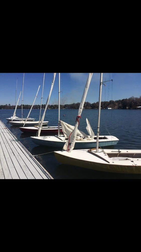 Valdosta Yacht Club: 2324 W Marion Ave, Lake Park, GA