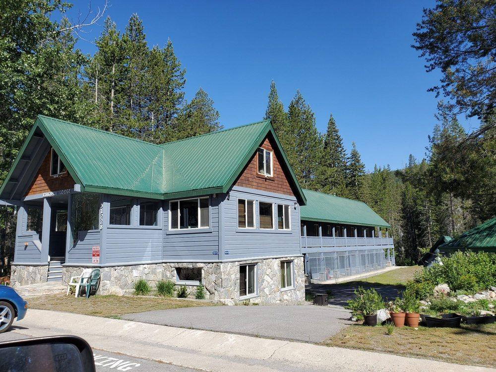 Kingvale Lodge: 51228 Donner Pass Rd, Soda Springs, CA