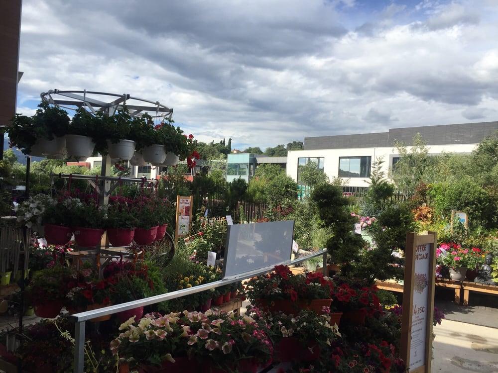 botanic gardening centres centre commercial polygone. Black Bedroom Furniture Sets. Home Design Ideas