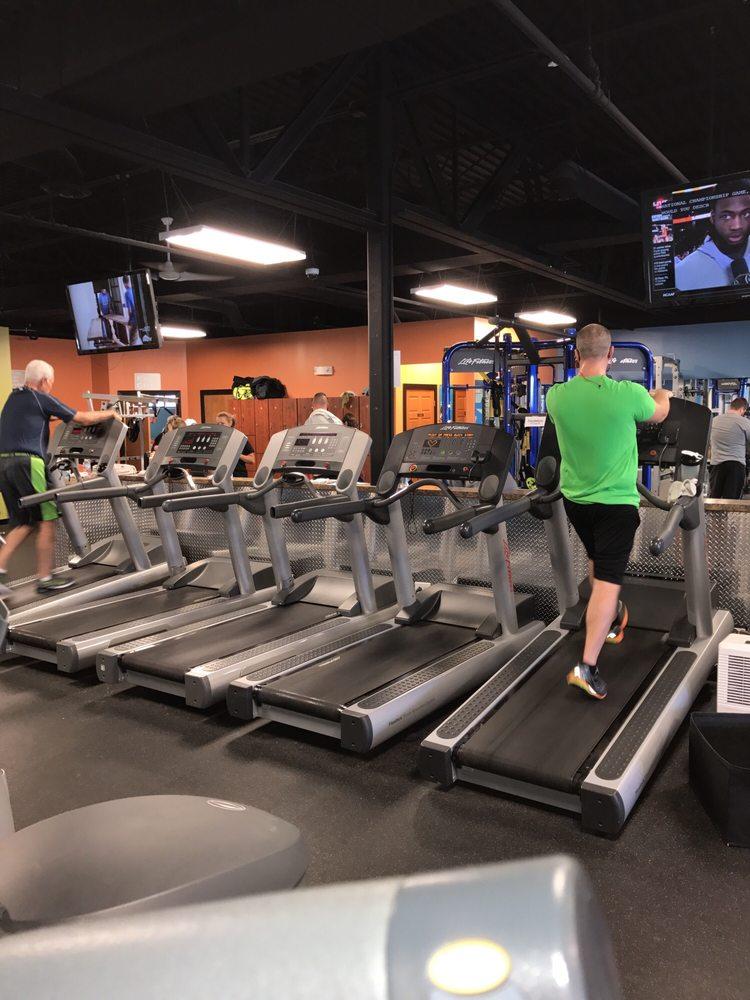 Fitness Premier: 1111 Dixie Hwy, Beecher, IL