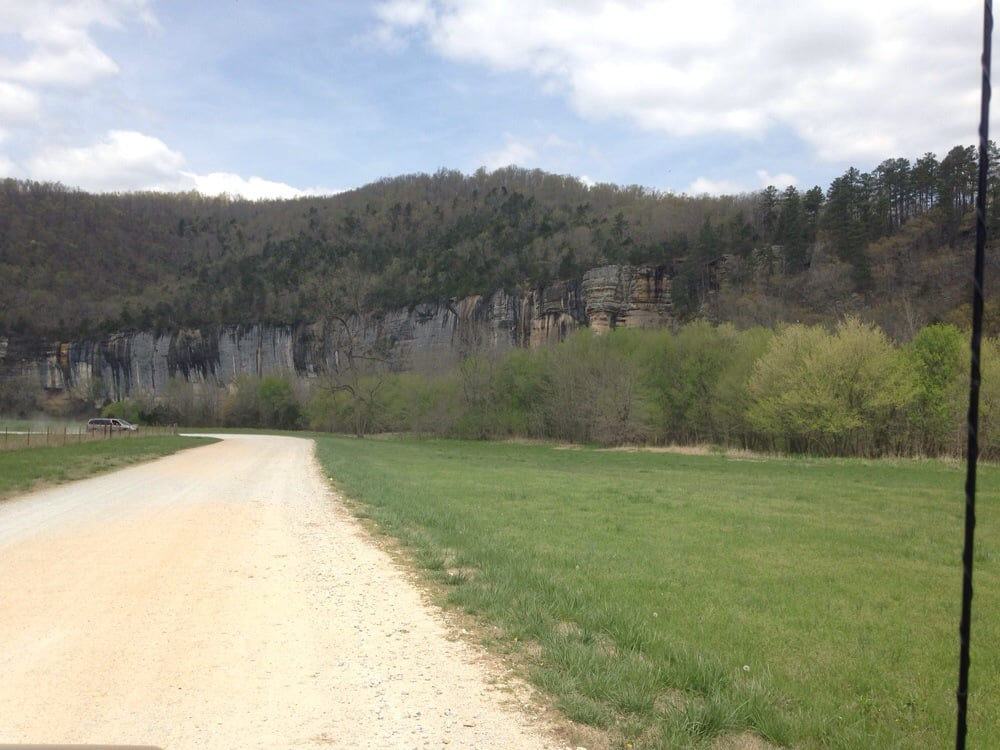Lost Valley Canoe & Lodging: Hwy 43, Ponca, AR