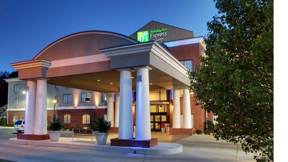 Holiday Inn Express & Suites Meridian: 1399 Roebuck Dr, Meridian, MS