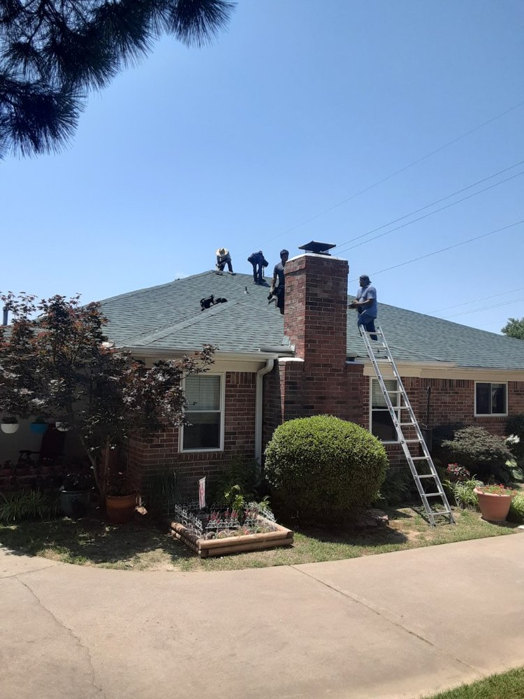 Standard Roofing & Contracting: Fort Smith, AR