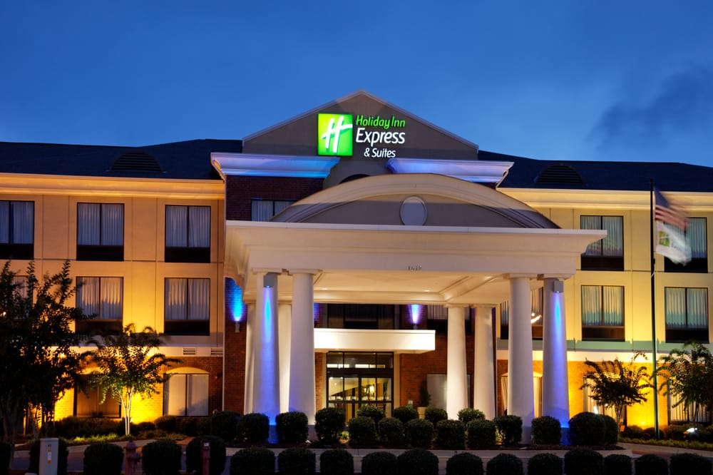 Holiday Inn Express & Suites Tupelo: 1612 McClure Cv, Tupelo, MS