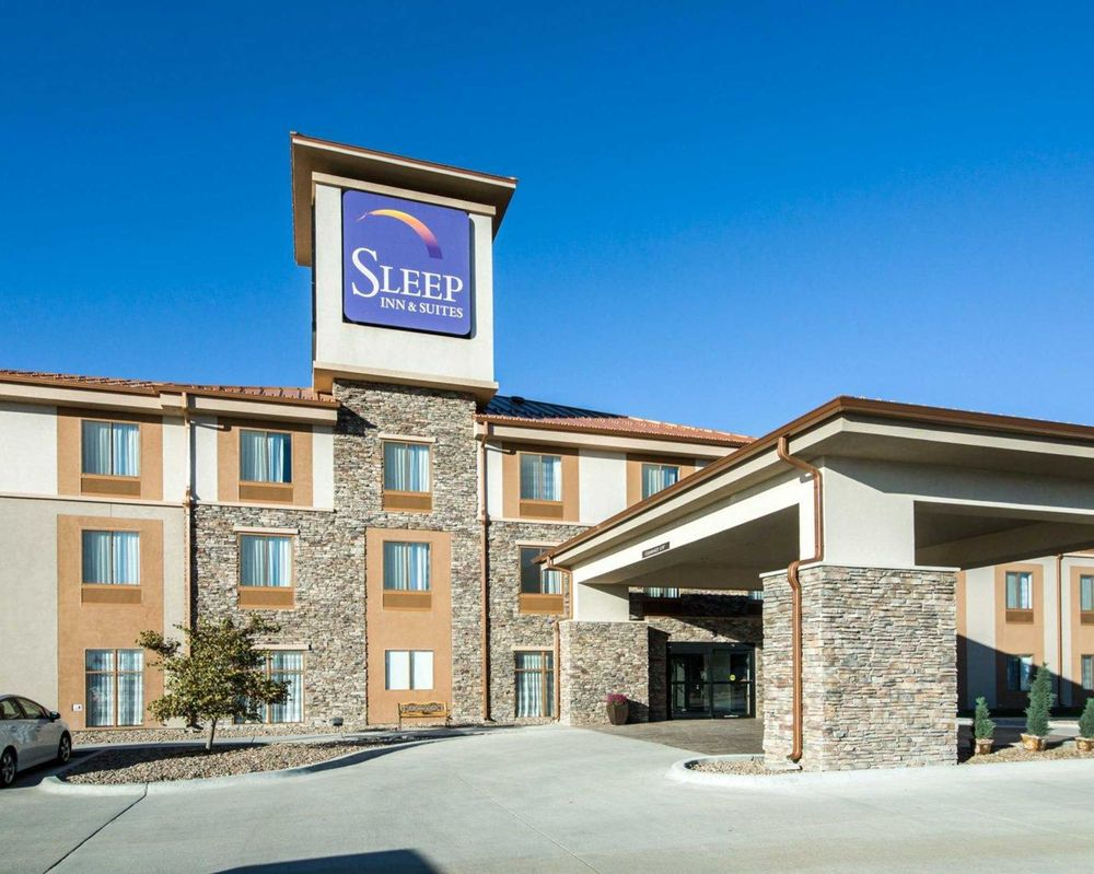 Sleep Inn & Suites: 201 East Holme, Norton, KS
