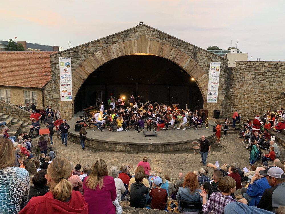 Mort Glosser Amphitheater: 90 Walnut St, Gadsden, AL