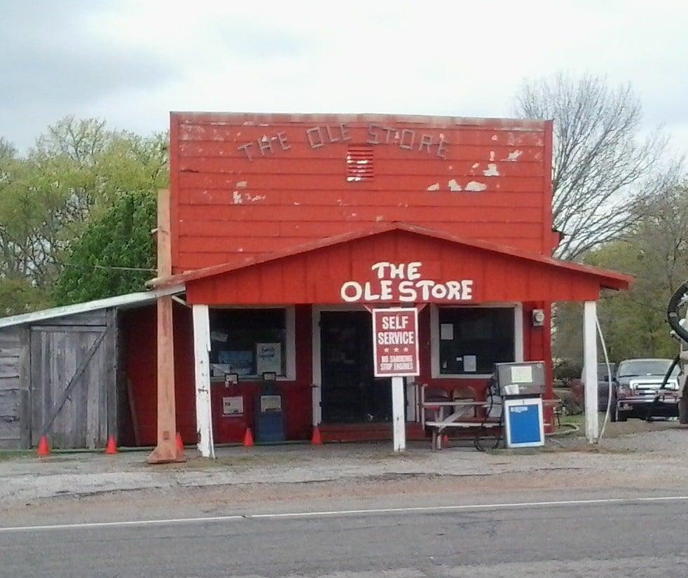 The Ole Store: Hwy 67, Brashear, TX