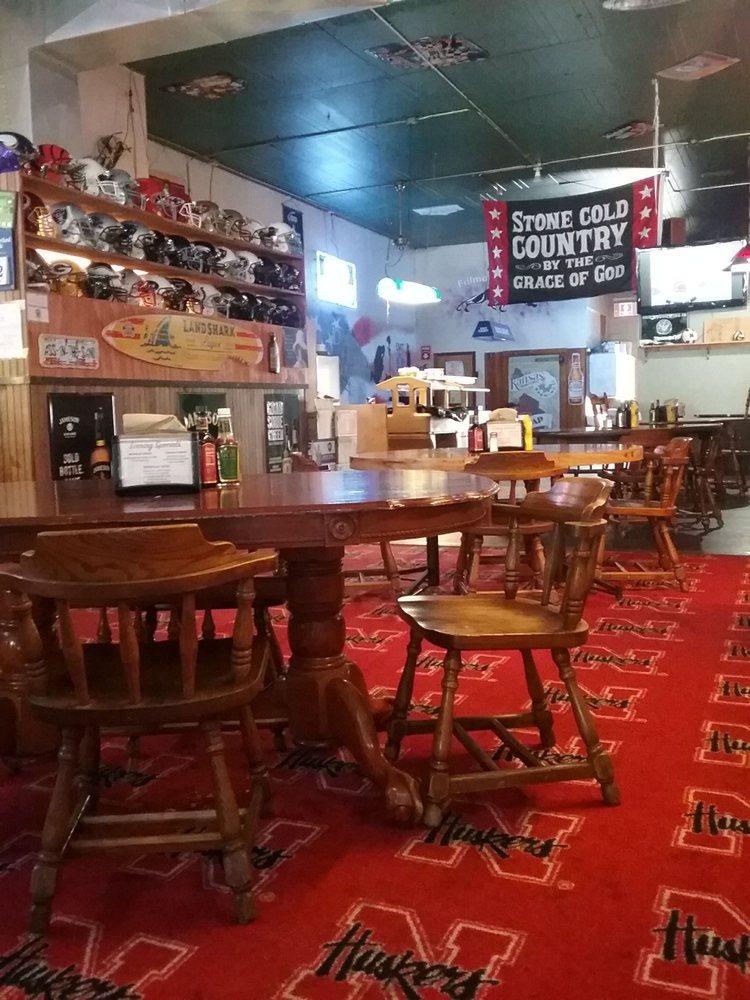 Overtime Bar & Grill: 842 G St, Geneva, NE