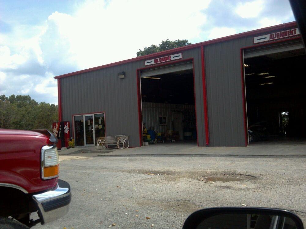 Plummer Tire & Wheel: 662 Powell Rd, Kirbyville, MO