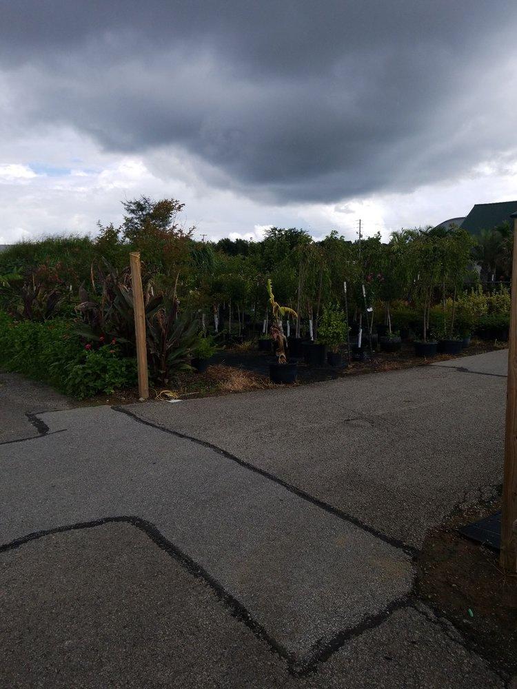 Berl Williams Landscaping & Nursery: 6350 N Preston Hwy, Louisville, KY