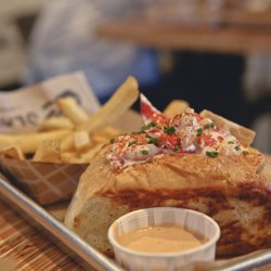 Photo Of Slapfish Huntington Beach Ca United States Lobstah Roll