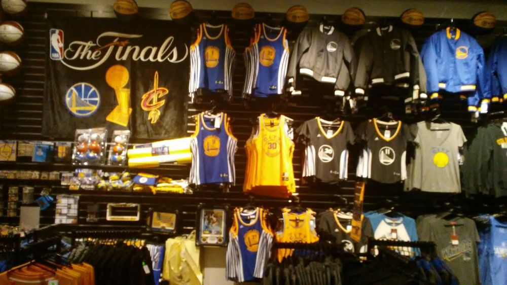 6fbaabb9 Photos for Golden State Warriors Team Store - Yelp