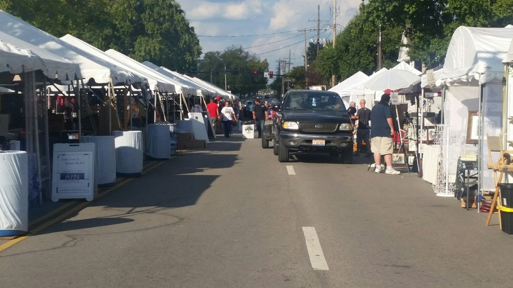 Arts In The Alley Festival: 3982-3990 Harrisburg Pike, Grove City, OH