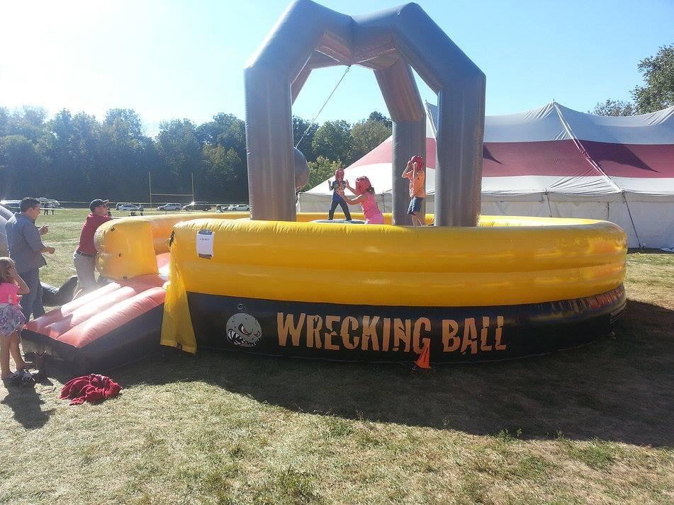 Fun To Go Inflatables: 102 N Macon St, Moweaqua, IL
