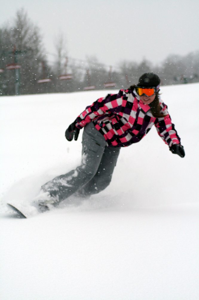 Indianhead Mountain - Big Snow Resort: 500 Indianhead Rd, Wakefield, MI
