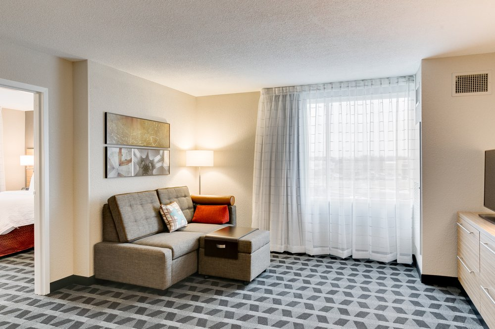 TownePlace Suites by Marriott Kansas City Liberty: 130 S Stewart Rd, Liberty, MO