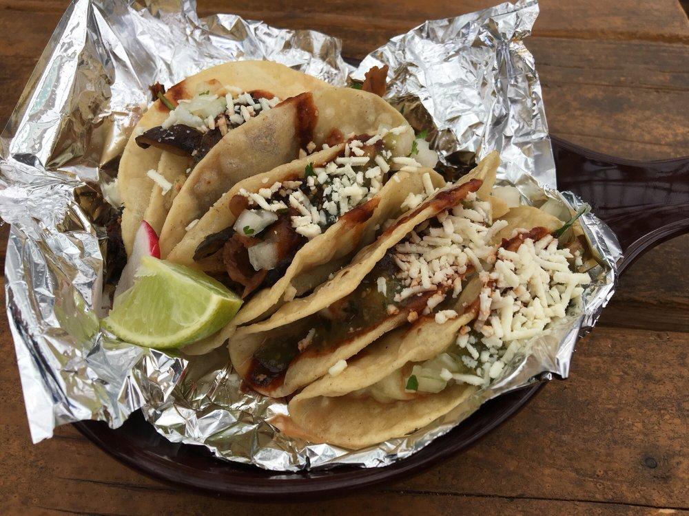Food from El Sancho Taco Shop