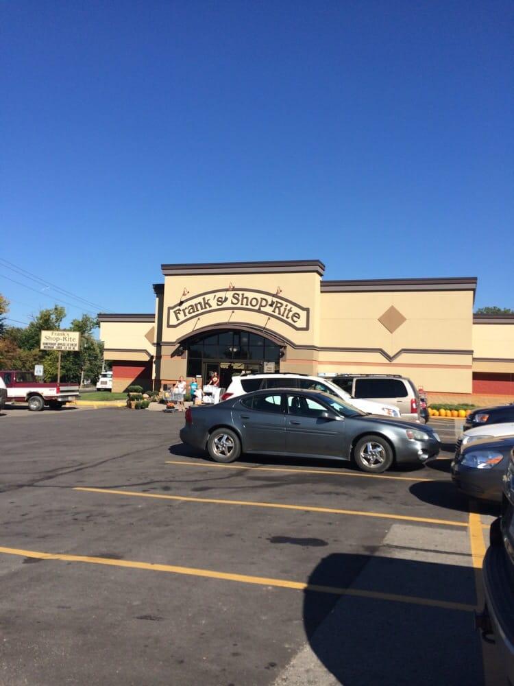 Frank's Shop-Rite: 400 E Michigan Ave, Grass Lake, MI