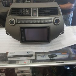 Mobile Audio And Tint 61 Photos Car Stereo Installation 620
