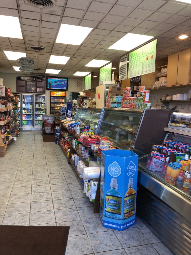 Ken's Gourmet Delicatessen & Caterers: 793 Udall Rd, West Islip, NY