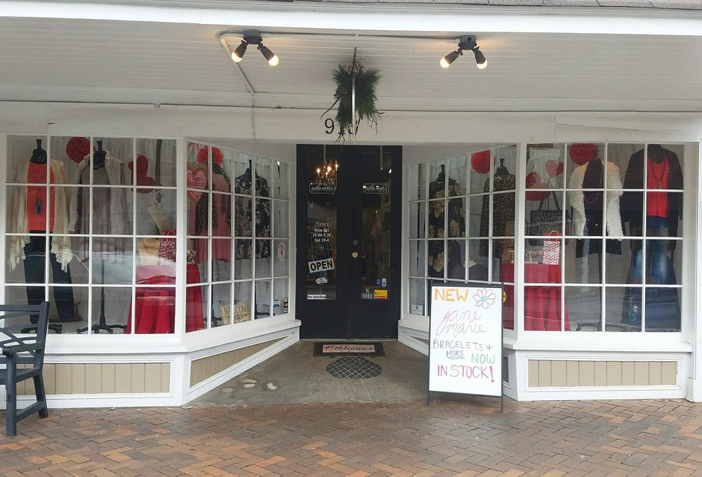 Ashley Marie's Boutique: 913 Carroll St, Perry, GA