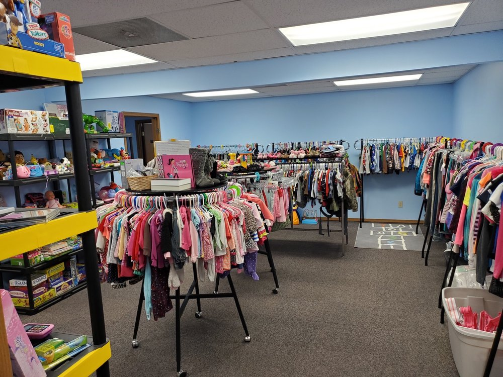 Secondhand Treasures: 460 Main St, Troy, MO
