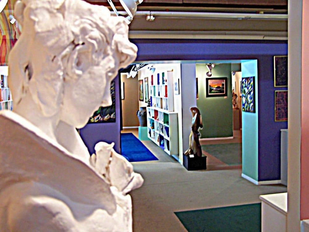 Mindpower Gallery: 417 Fir Ave, Reedsport, OR