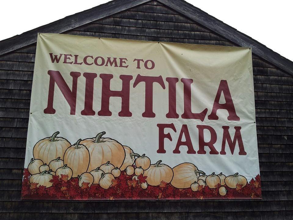 Nihtila Farm: 12 Nihtila Ln, Holbrook, MA