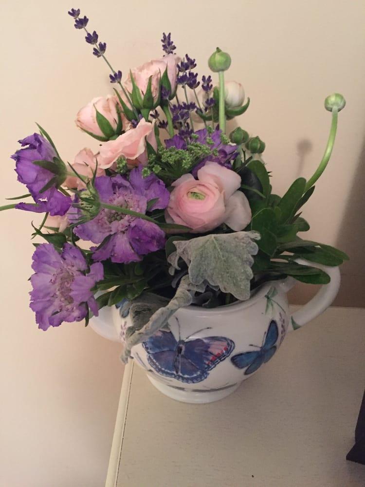 Bortmas, The Butler Florist: 123 E. Wayne St., Butler, PA