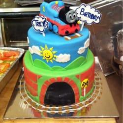 BellaTiers Custom Cake Designs - 13 Photos - Custom Cakes ...