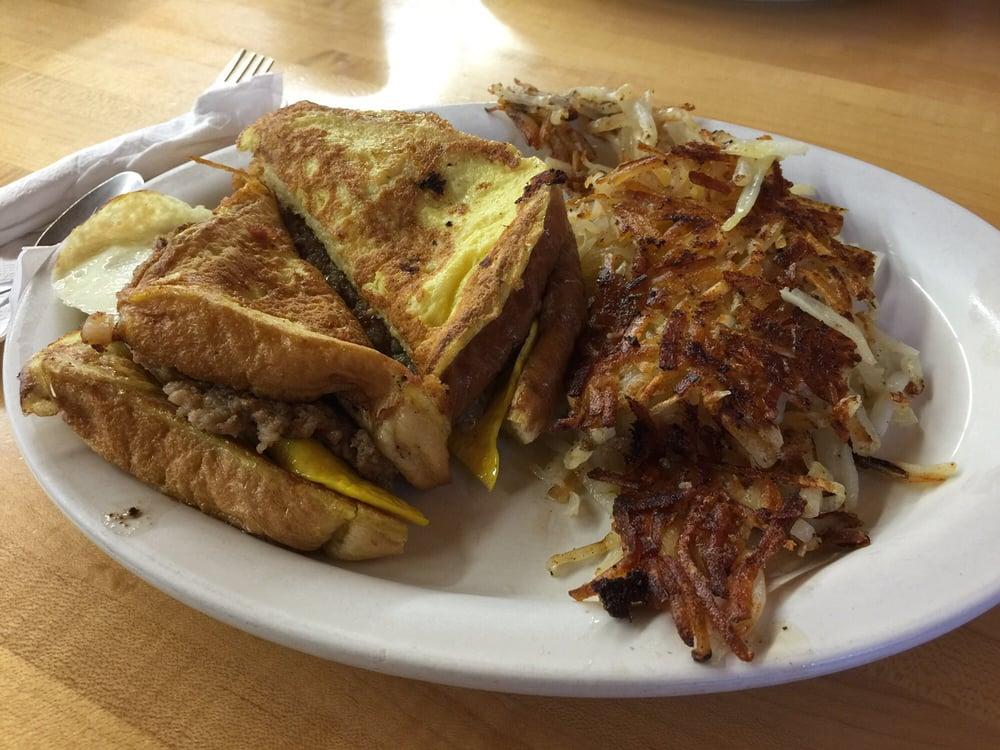 Westwood Cafe: 27050 S Hwy 133, Richland, MO