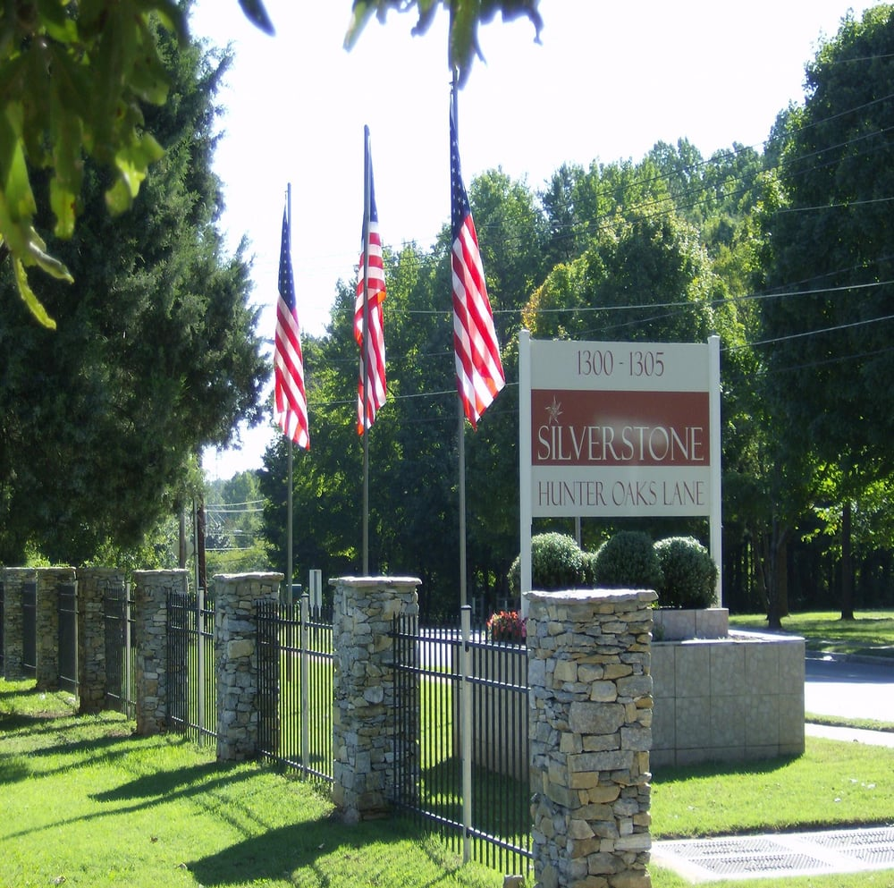 Apt In Charlotte Nc: Silverstone Apartments