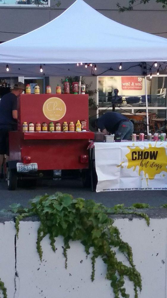Chow Hot Dogs: 1100 Railroad Ave, Bellingham, WA