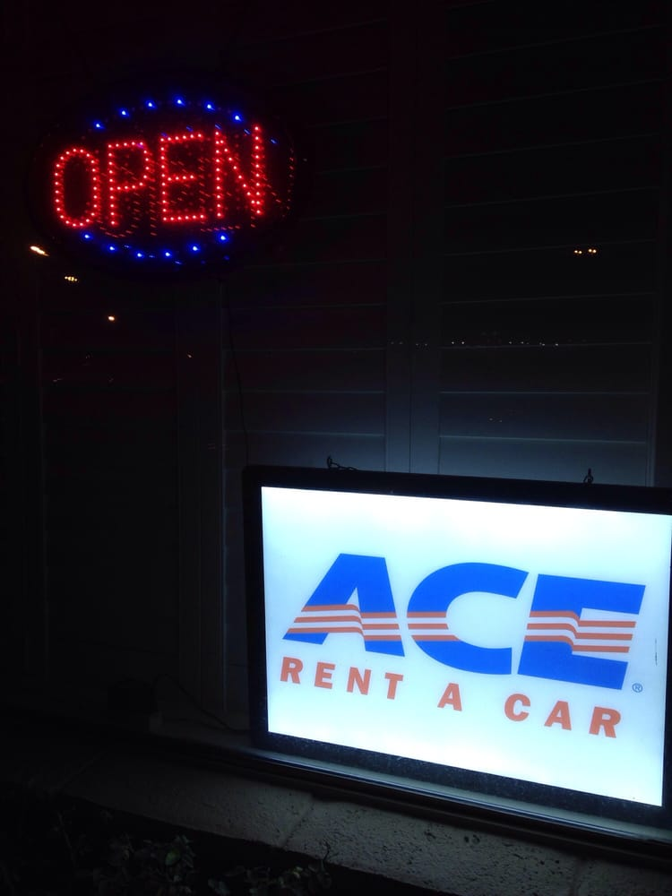 Car rentals open late near me