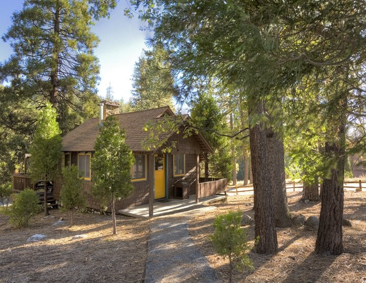 Idyllwild Inn: 54300 Village Center Dr, Idyllwild, CA