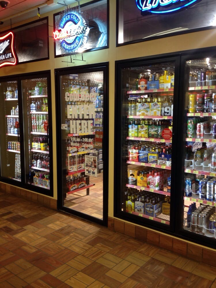Kwik Star: 1510 S Grand Ave, Charles City, IA