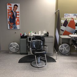 Description. Great Clips hair salons provide haircuts to men, women, and children. No appointment needed, just walk in or check-in online.