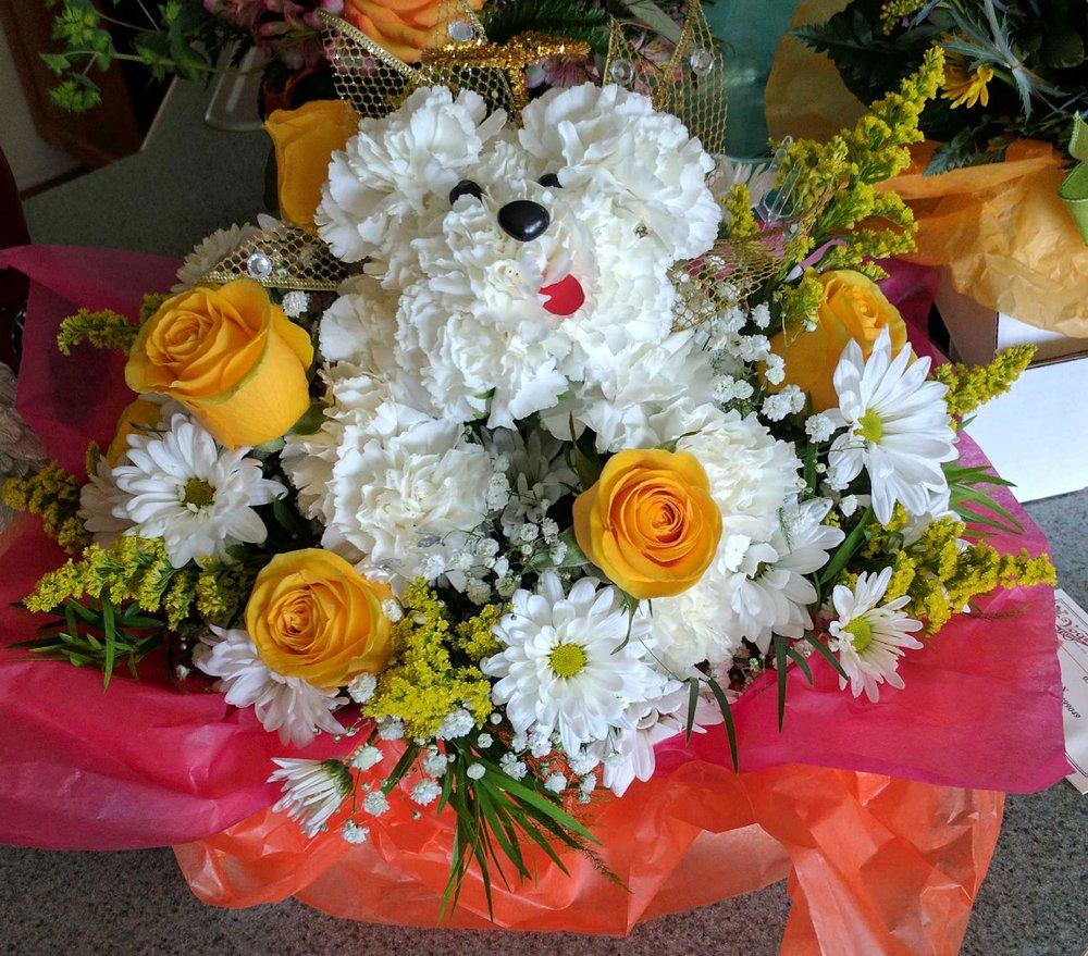 Vogt's Flowers - Davison: 425 S State Rd, Davison, MI