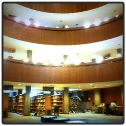 Fotos de biblioteca central de la uned yelp for Biblioteca uned madrid