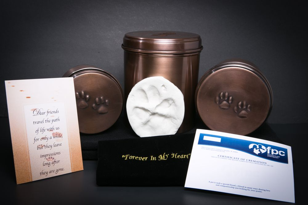Family's Pet Cremation: 408 W Campus Dr, Arlington Heights, IL