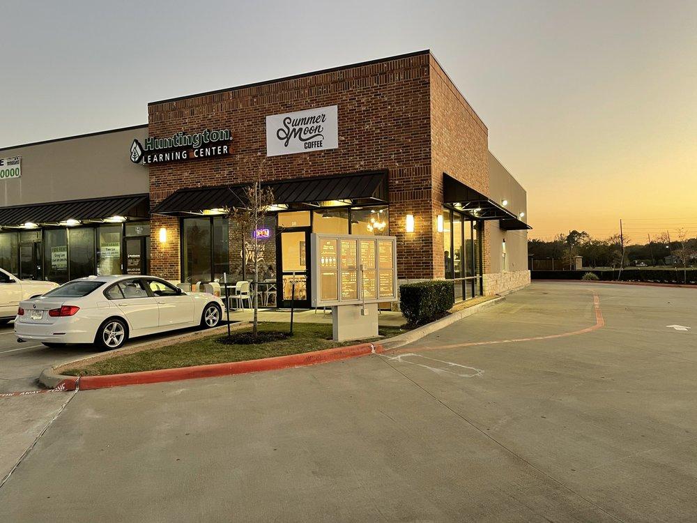 Summer Moon: 9402 Hwy 6, Missouri City, TX