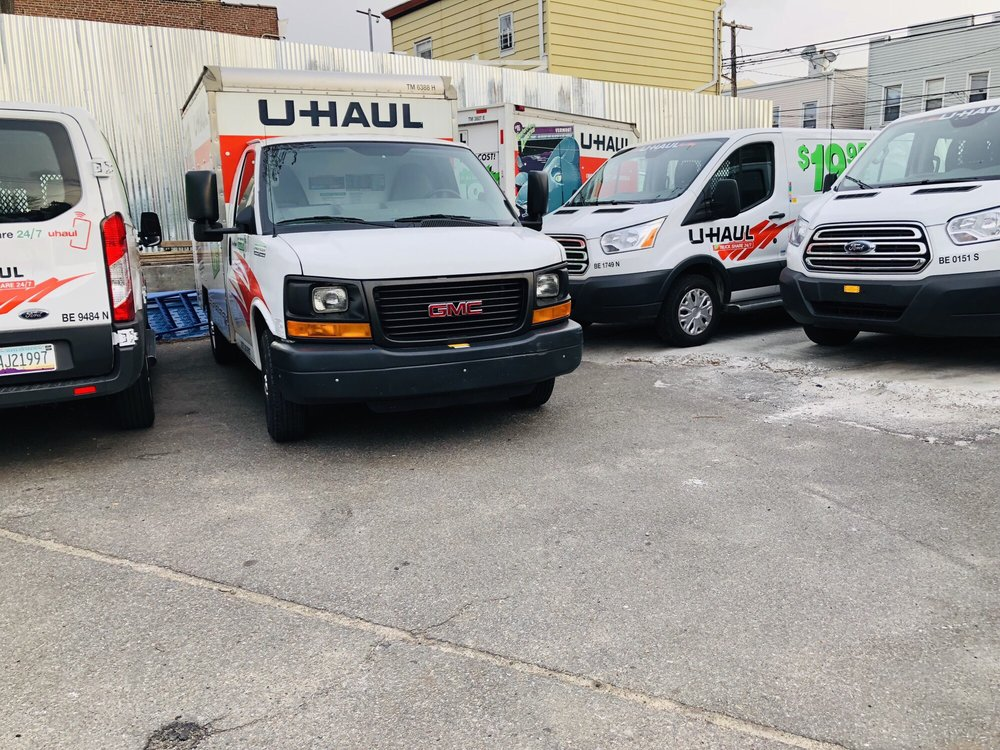 U-Haul Neighborhood Dealer - CLOSED - Truck Rental - 86-15
