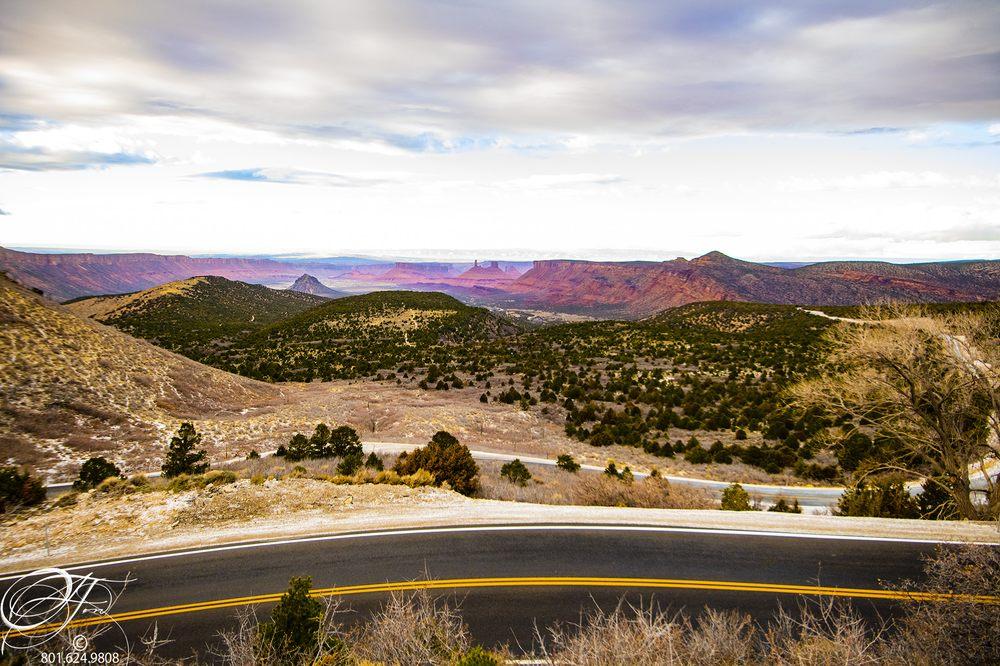 Castle Valley Inn: 424 Amber Ln, Moab, UT